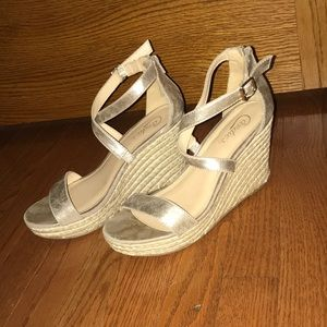 Candies Wedges Size 8.5